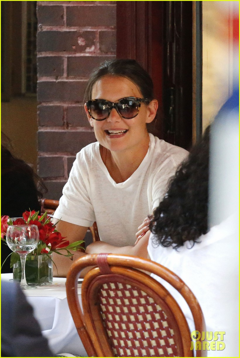 katie holmes lunches and shops on the upper east side 052895130