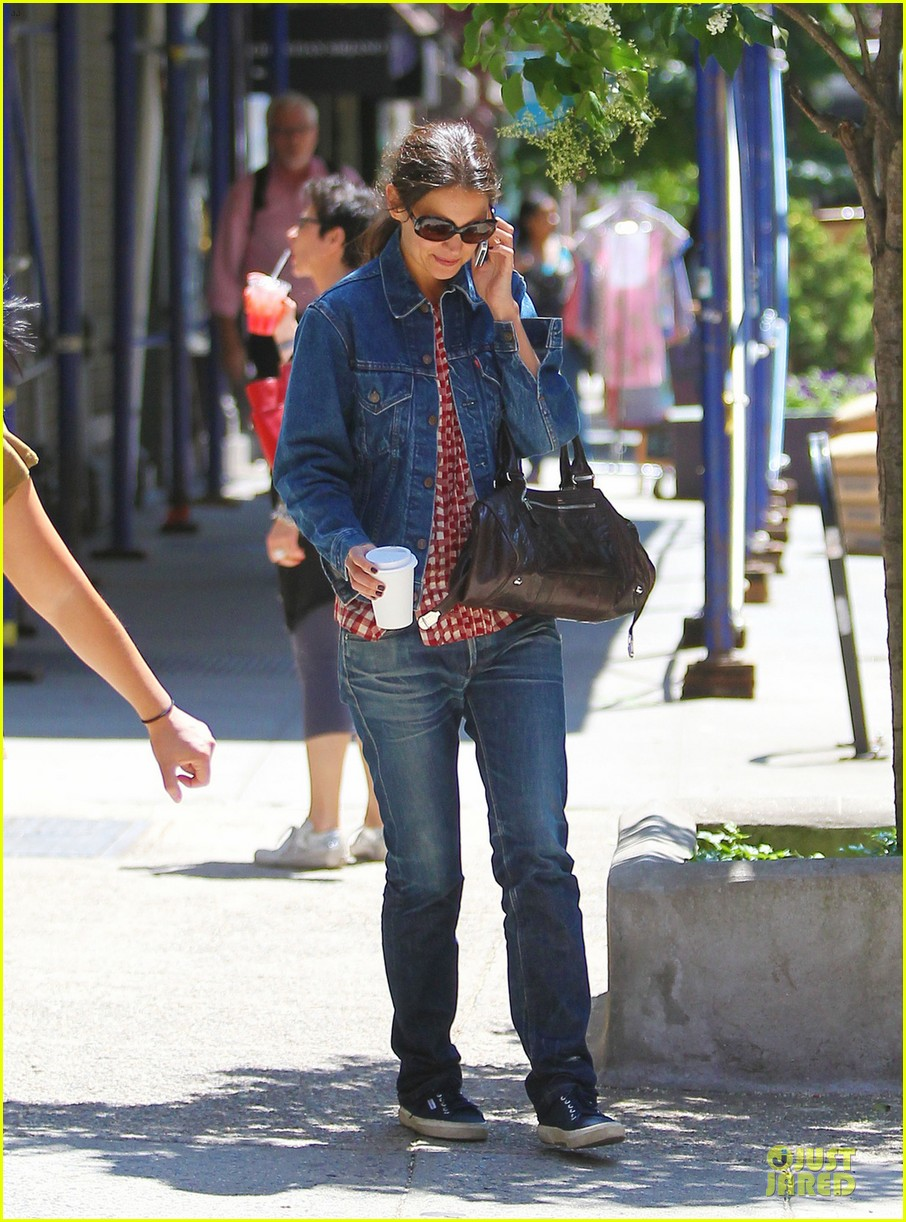 katie holmes i like making pies in summer 042891574