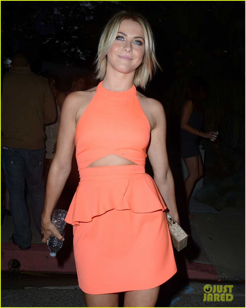 julianne hough jessica szohr svedka splash summer party 082898734