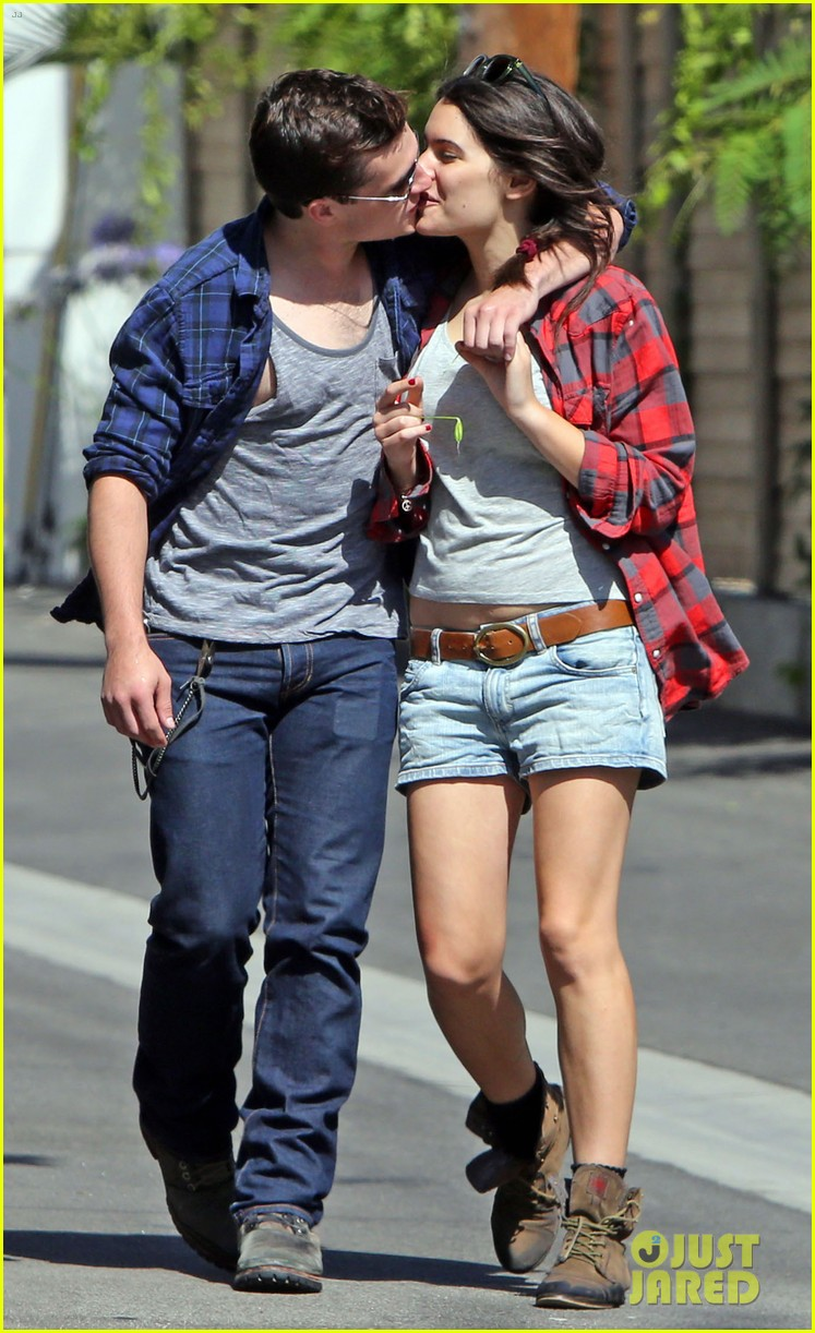 josh hutcherson claudia traisac kiss after motorcycle ride 162896645