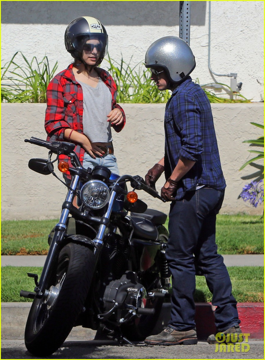 josh hutcherson claudia traisac kiss after motorcycle ride 232896652