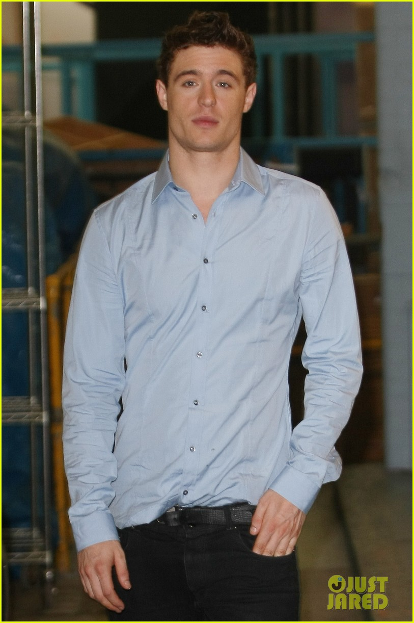 max irons theres something for everyone in white queen 08
