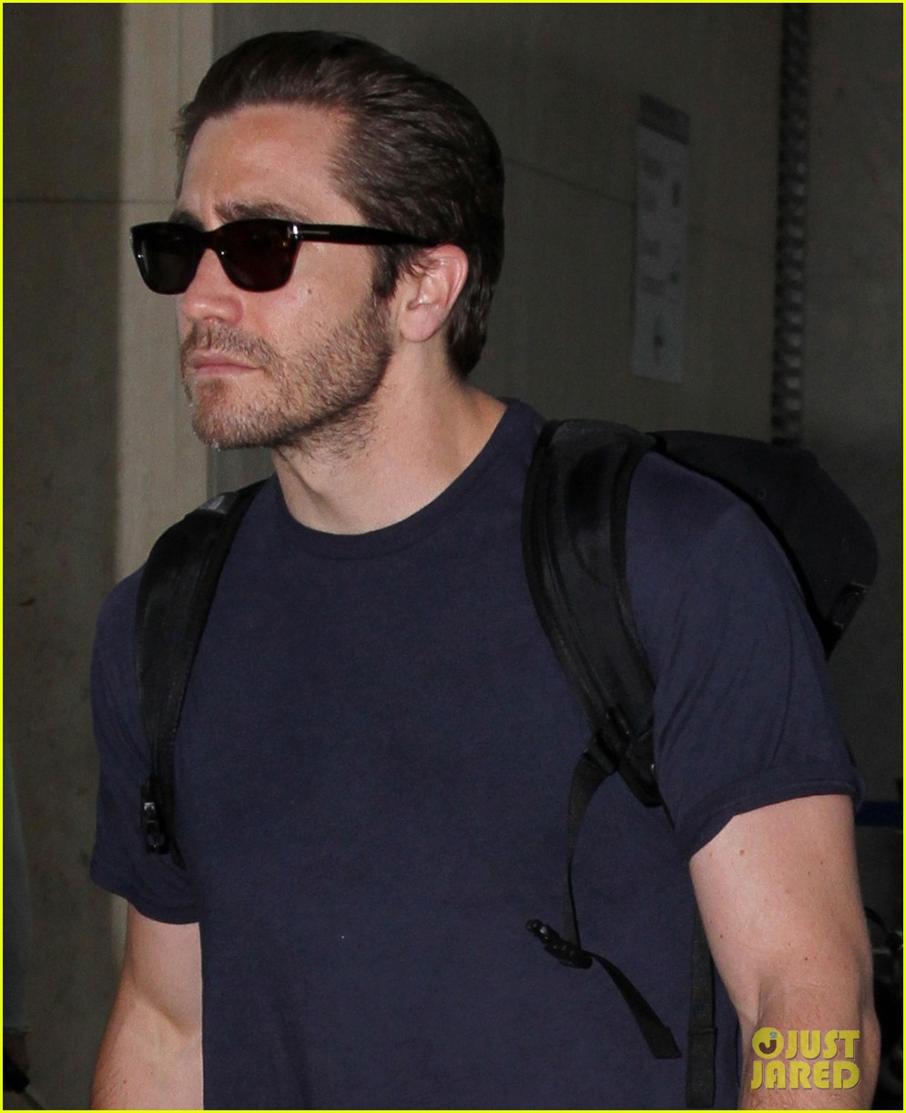 jake gyllenhaal sunday solo flyer 032883060
