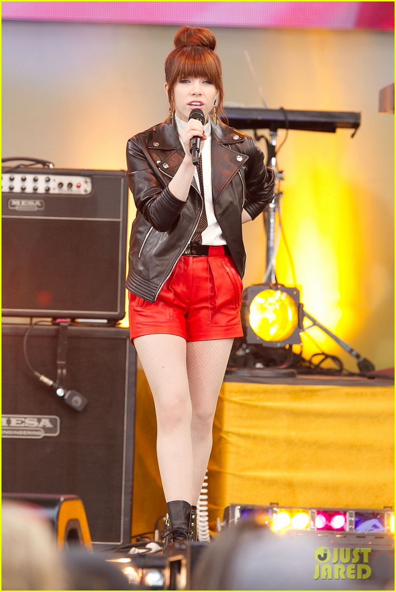 carly rae jepsen rocks good morning america 202891255