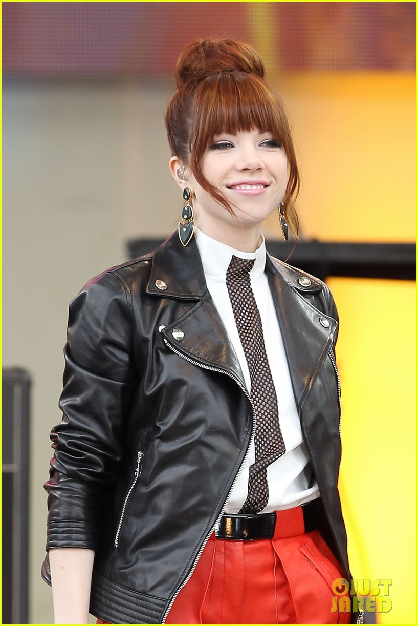 carly rae jepsen rocks good morning america 392891274