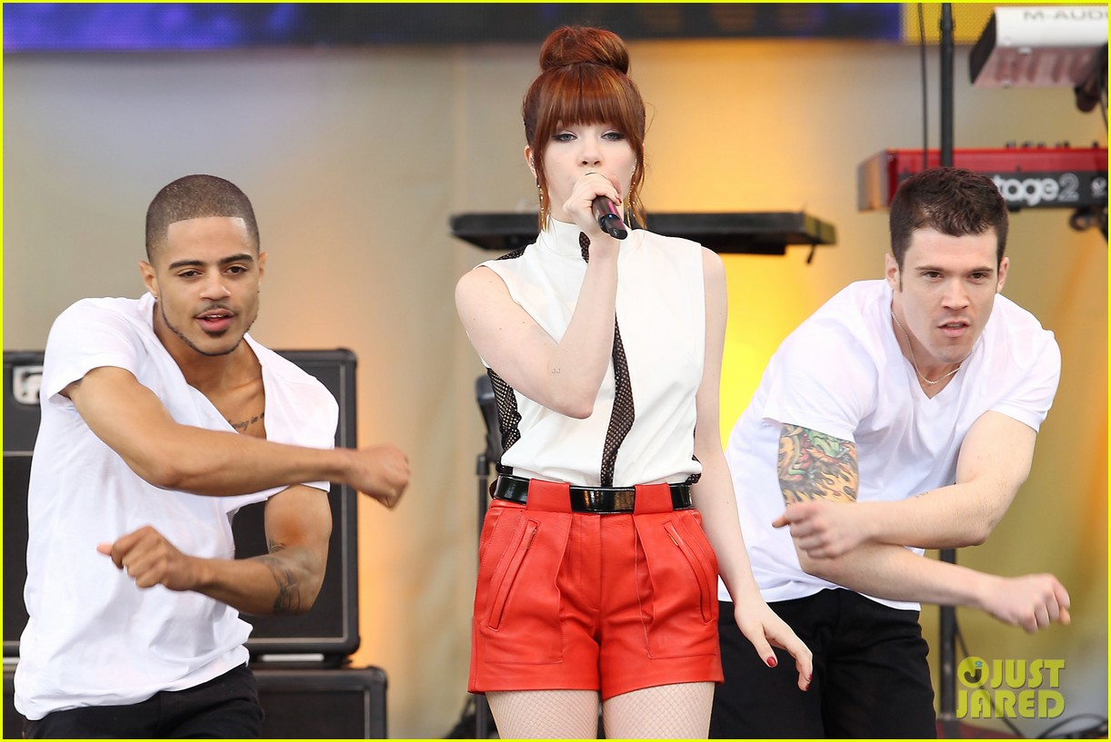 carly rae jepsen rocks good morning america 41