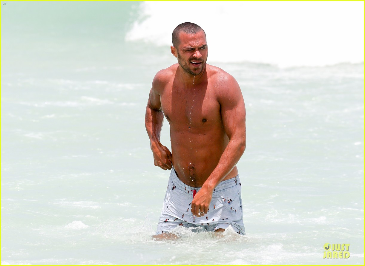 jesse williams shirtless miami vacation 022890380