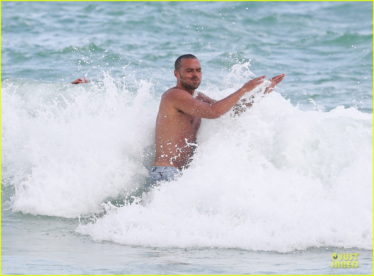 jesse williams shirtless miami vacation 052890383