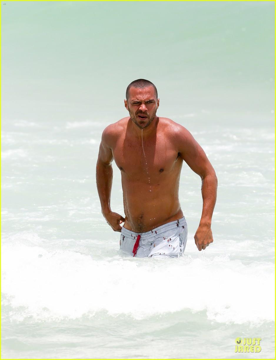 jesse williams shirtless miami vacation 102890388