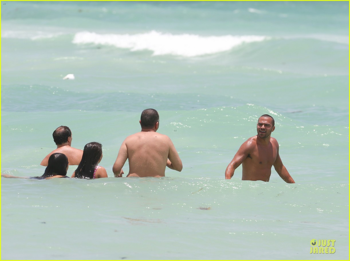 jesse williams shirtless miami vacation 152890393
