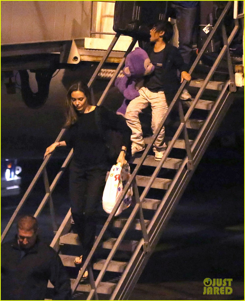 angelina jolie pax lax arrivial after un meeting 102898115