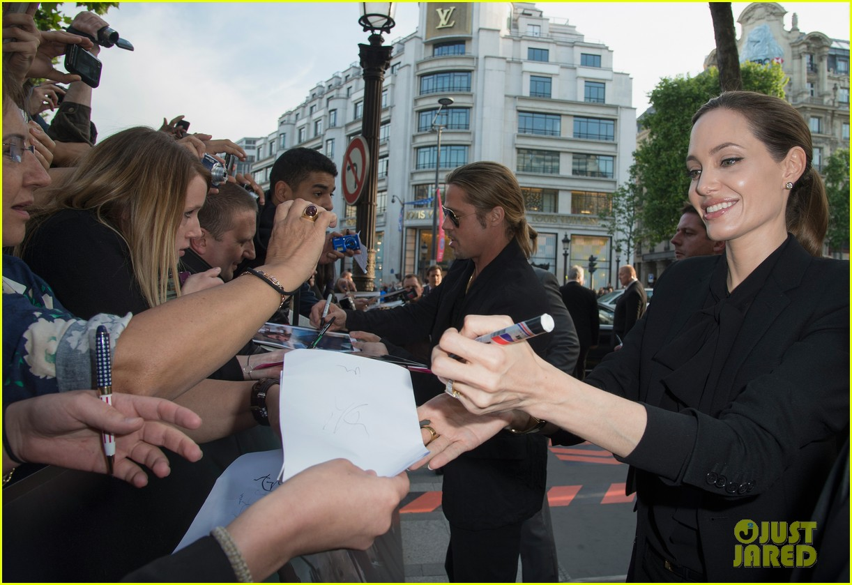 angelina jolie brad pitt world war z paris premiere 06