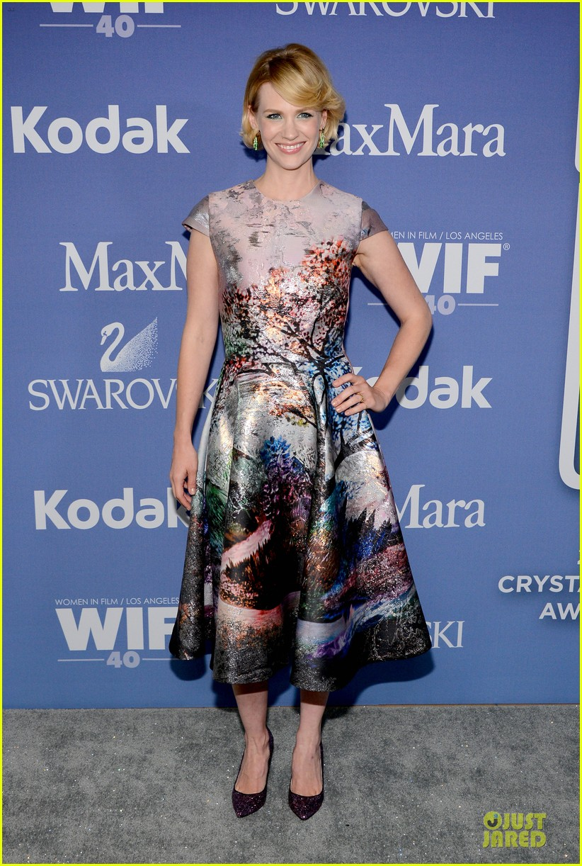 january jones elisabeth moss crystal lucy awards 2013 red carpet 122890099