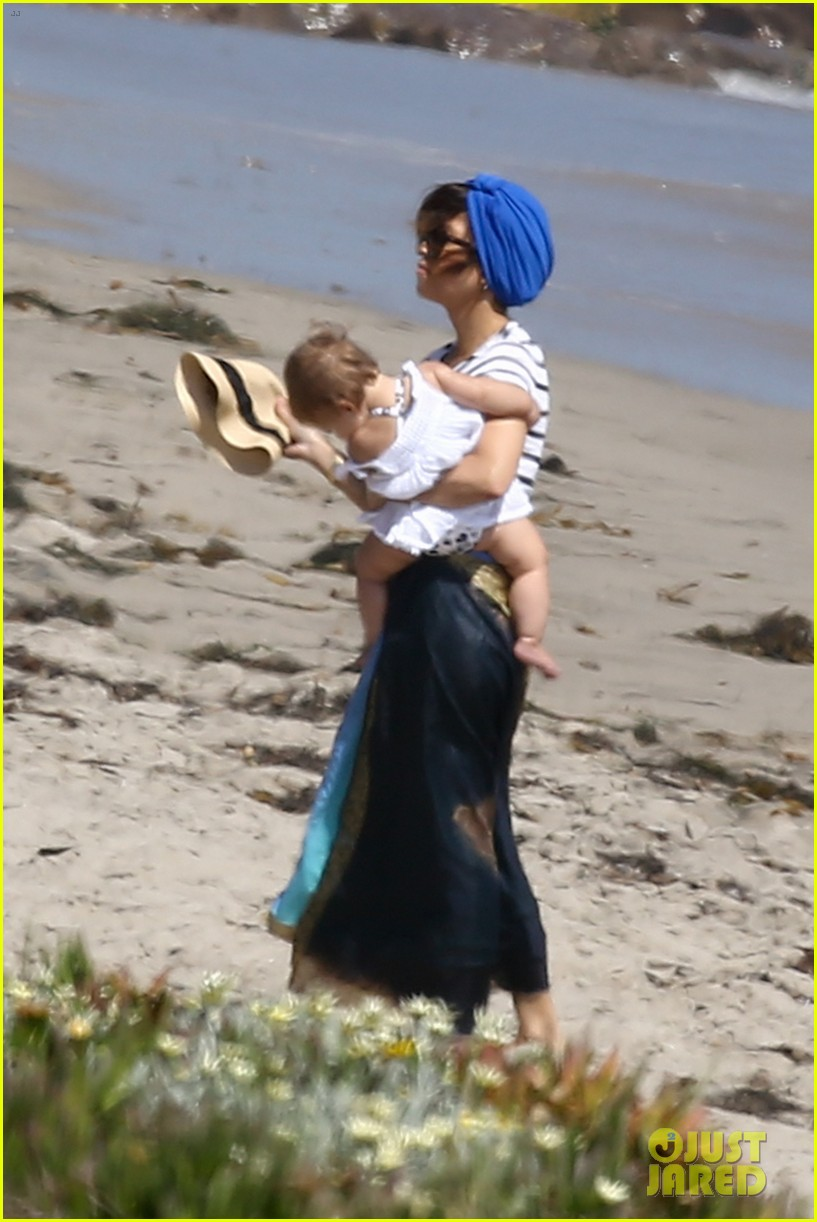 kourtney kardashian hits the beach after kim baby is born 142892809