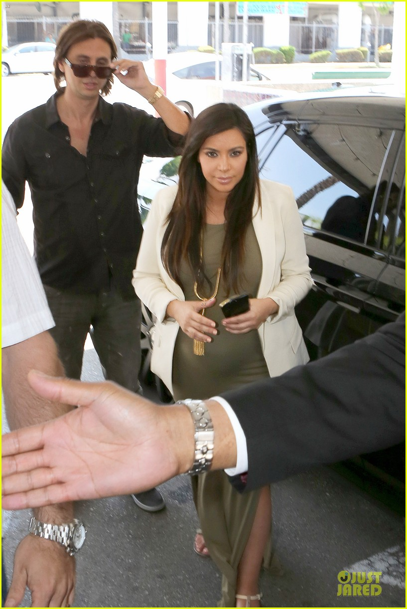 kanye west cheating on kim kardashian rumors not true 032889928