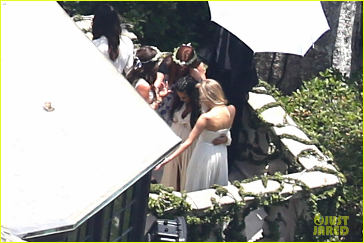 kim kardashian kanye west baby shower photos 01
