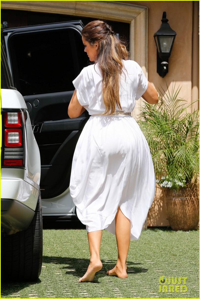 kim kardashian kanye west baby shower photos 152882844