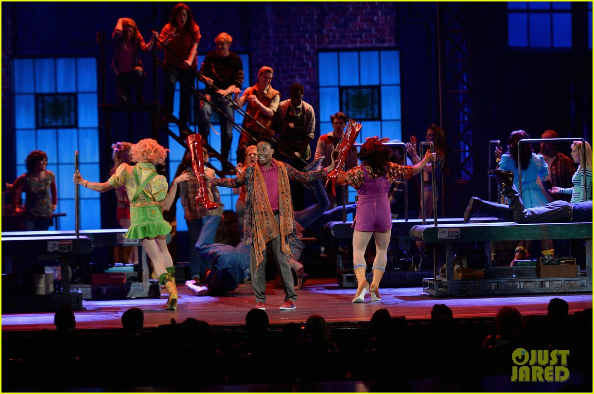 billy porter kinky boots tonys performance 2013 video 142888104
