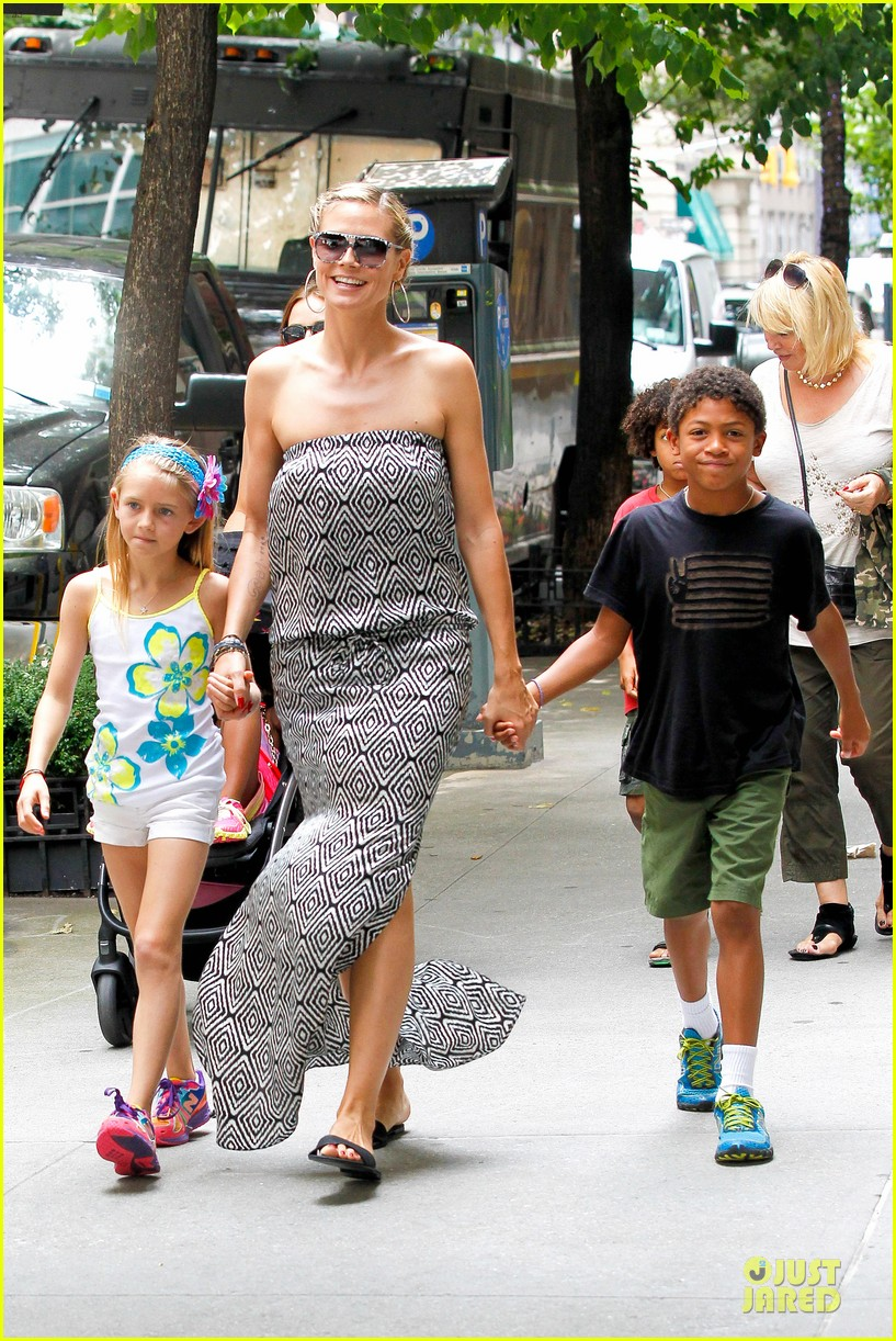 heidi klum i saved my kids hair for art projects 332900722