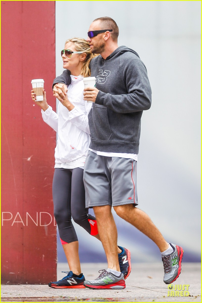 heidi klum martin kirsten holding hands during nyc run 032891531