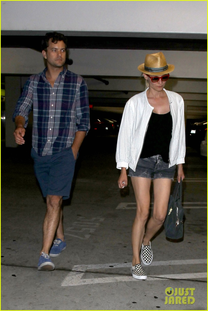 diane kruger joshua jackson arclight cinemas date night 072899876