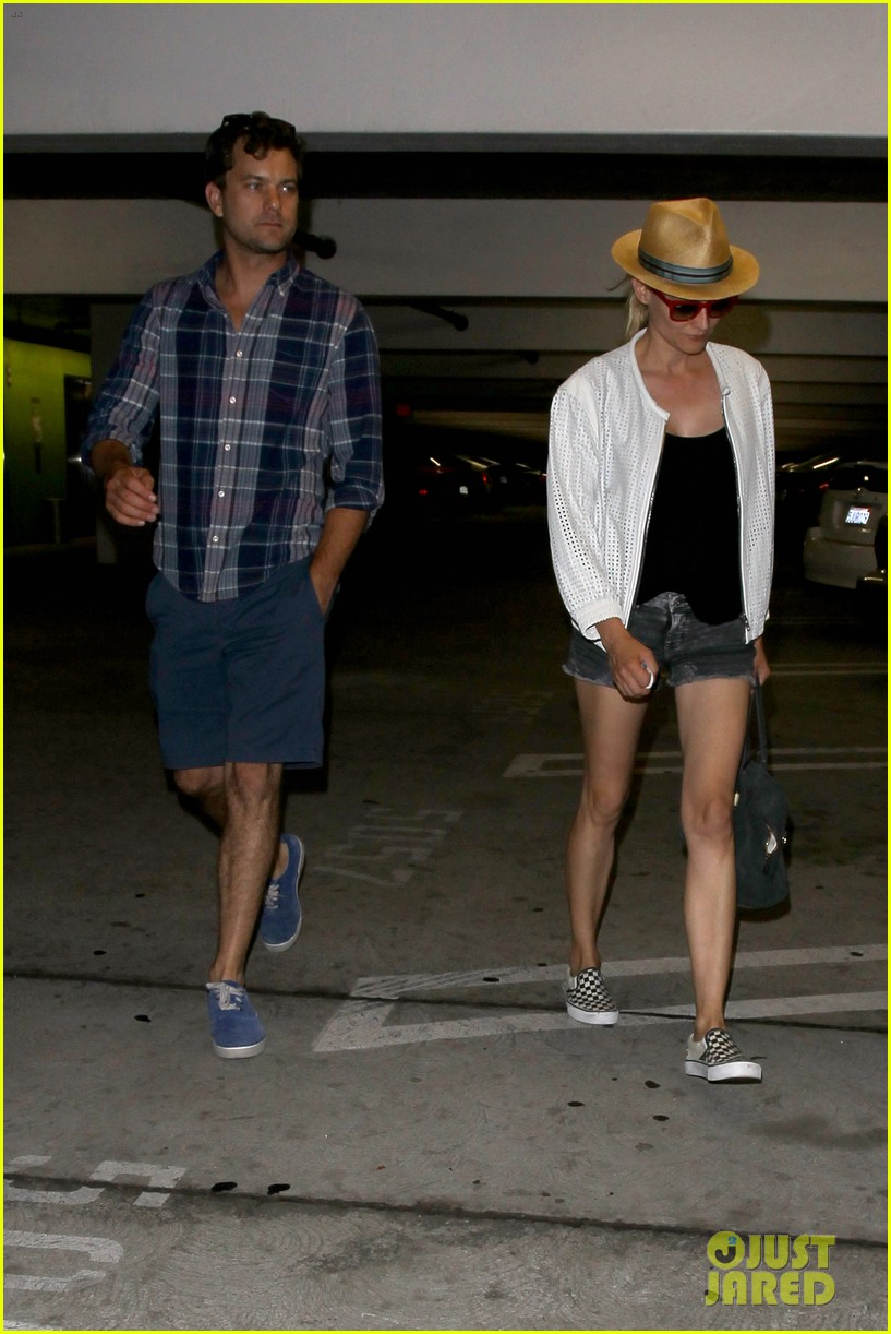 diane kruger joshua jackson arclight cinemas date night 092899878