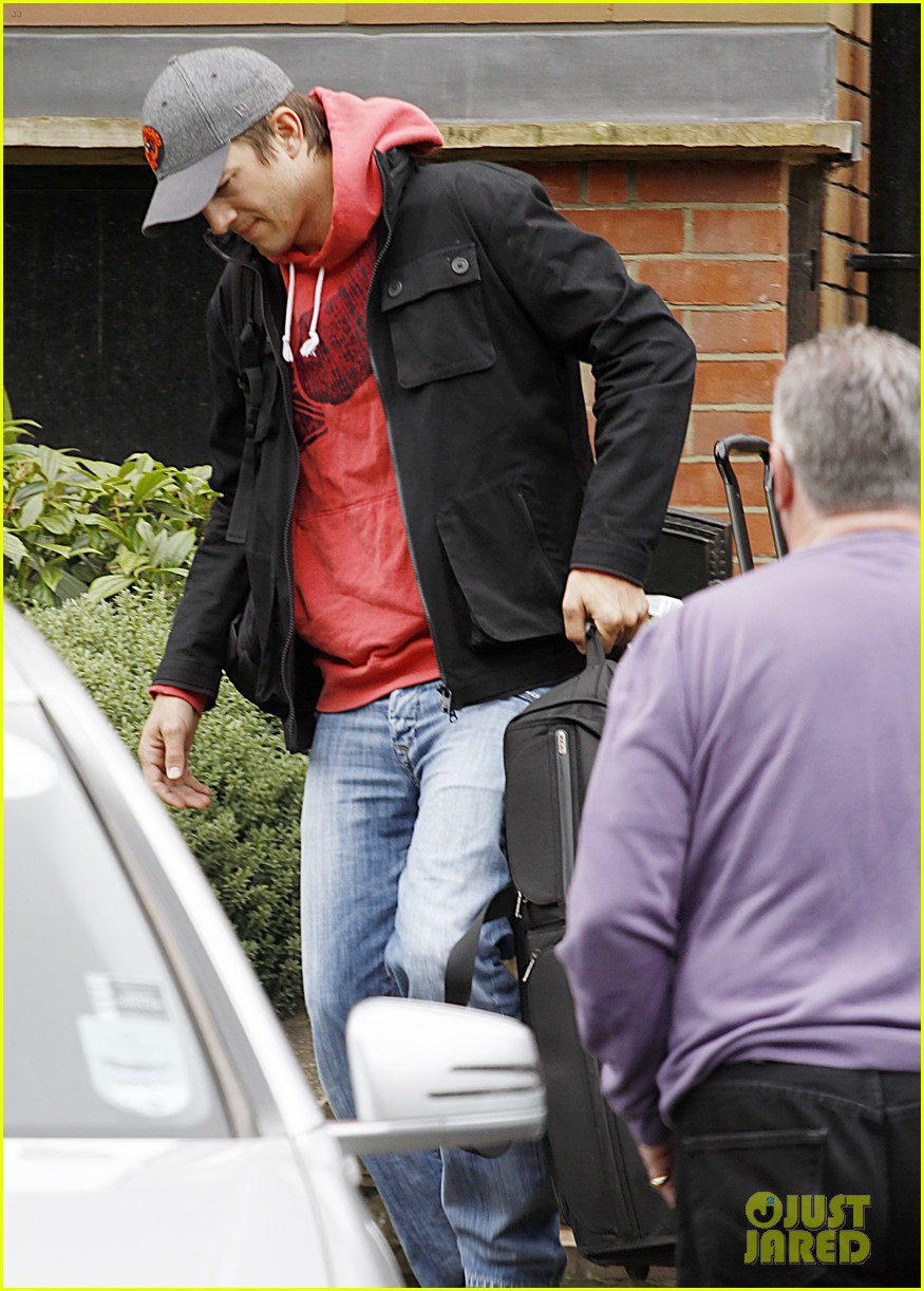 ashton kutcher heads to heathrow for flight out of london 09