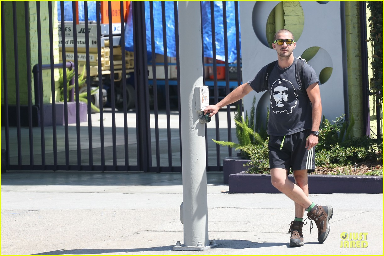 shia labeouf backpack carrying workout dude 042884695