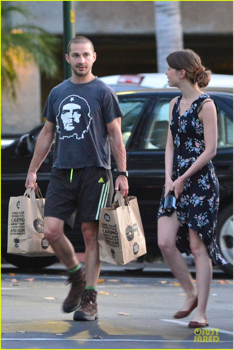 shia labeouf carries the groceries for mia goth 042884036