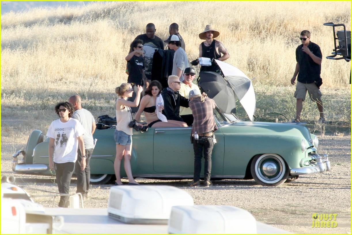 lana del rey music video bikini babe 202900444