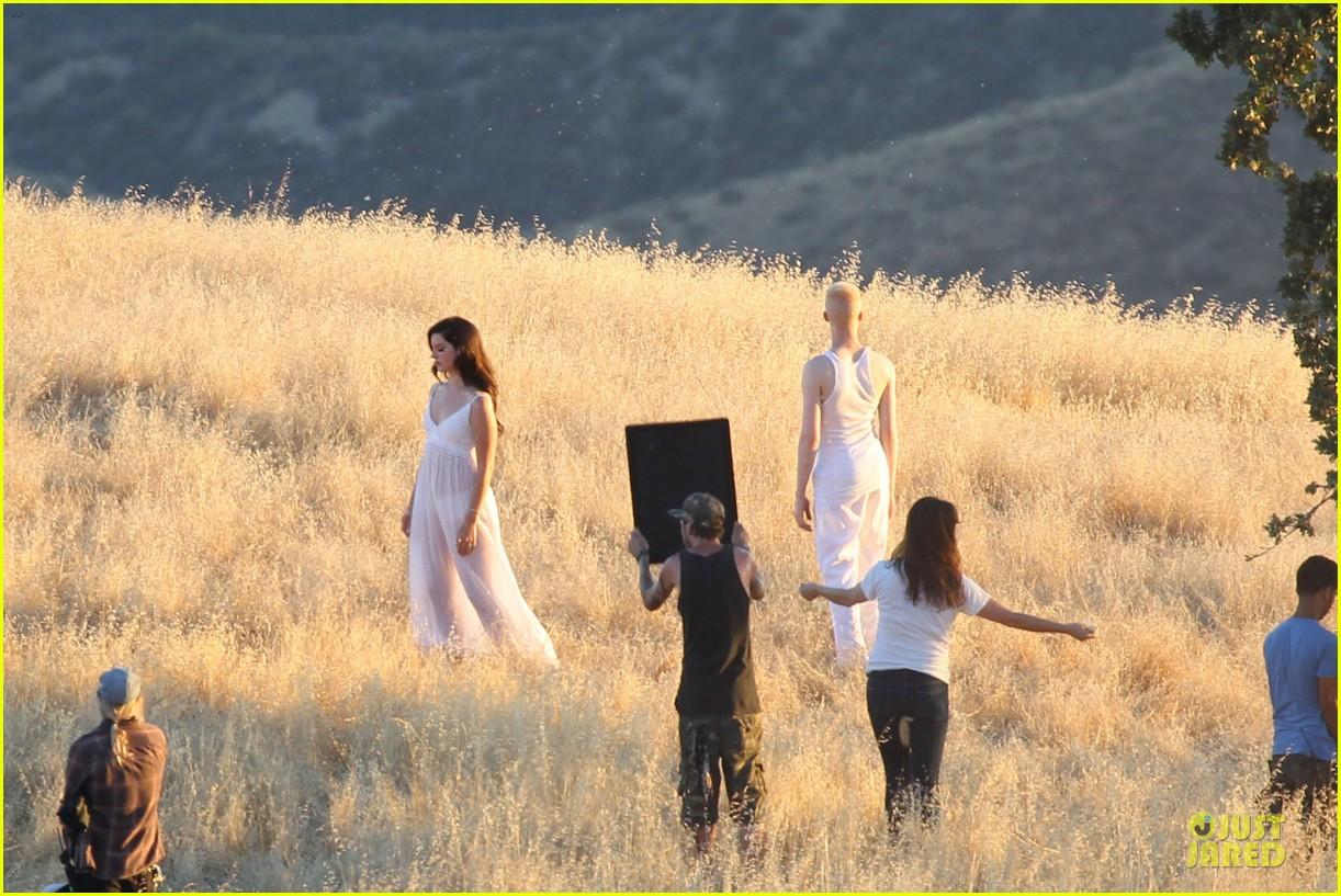 lana del rey music video bikini babe 342900458
