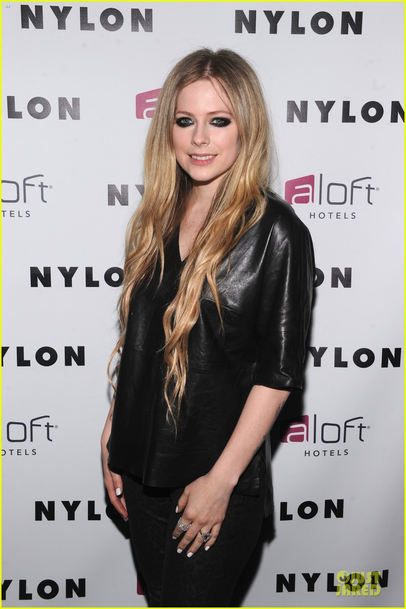 avril lavigne nylon magazine cover party 062889338