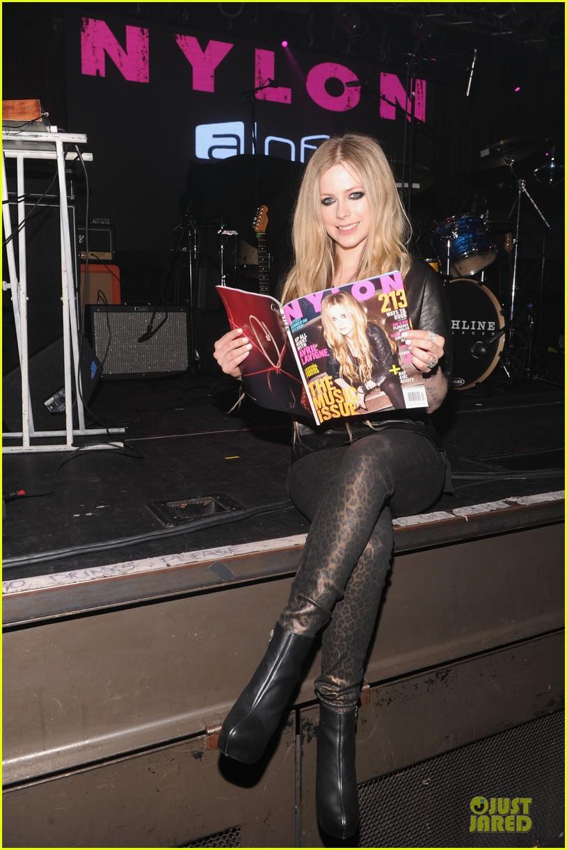 avril lavigne nylon magazine cover party 092889341