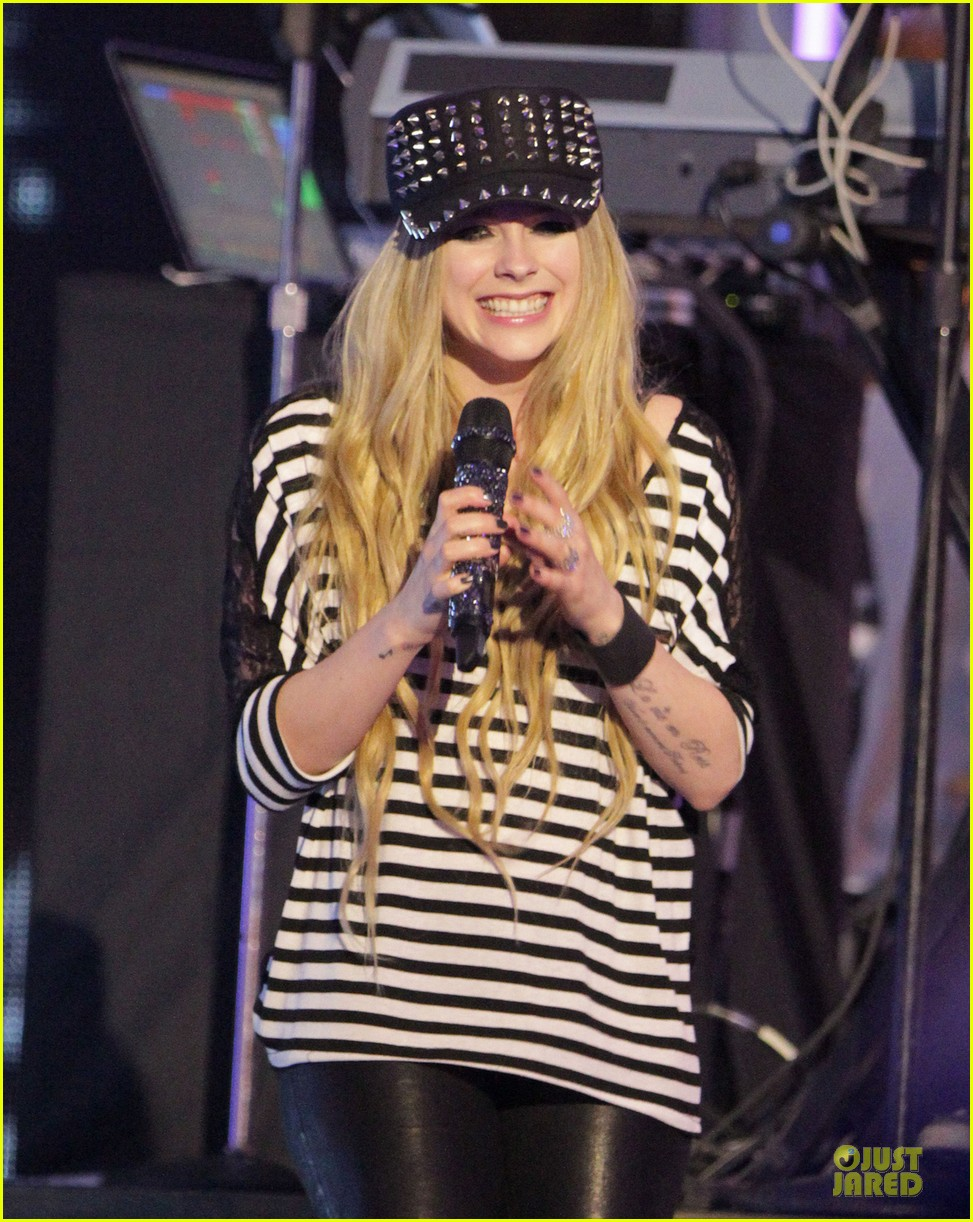 avril lavigne much music video awards rehearsal 04