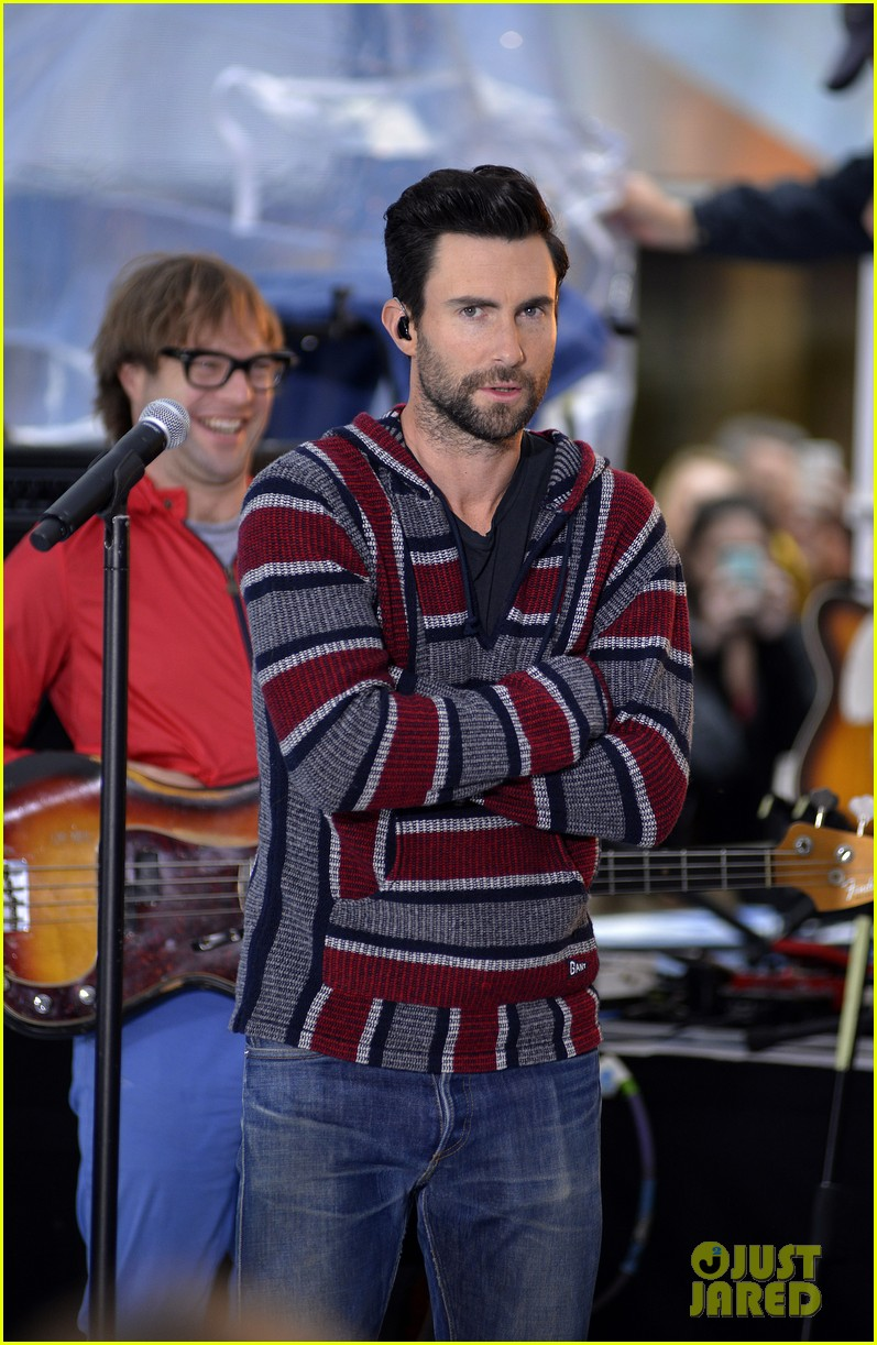 adam levine maroon 5 today show performance 022891314