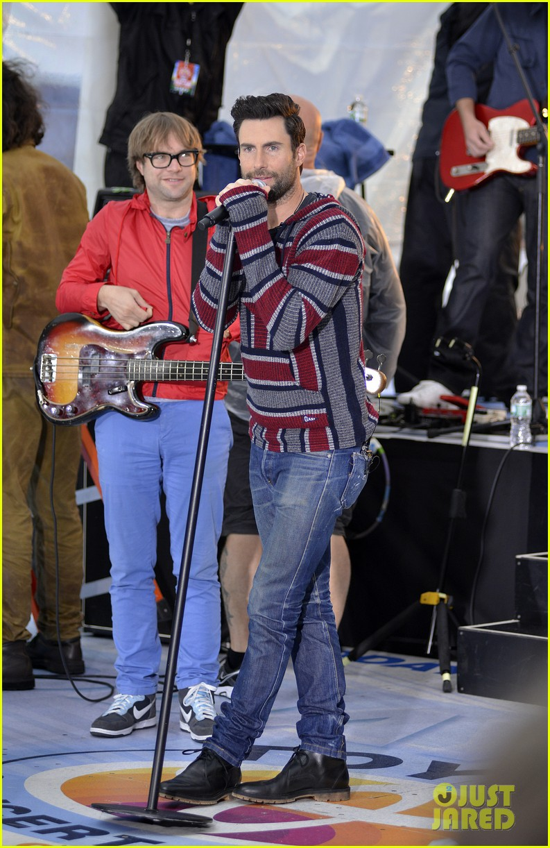 adam levine maroon 5 today show performance 10