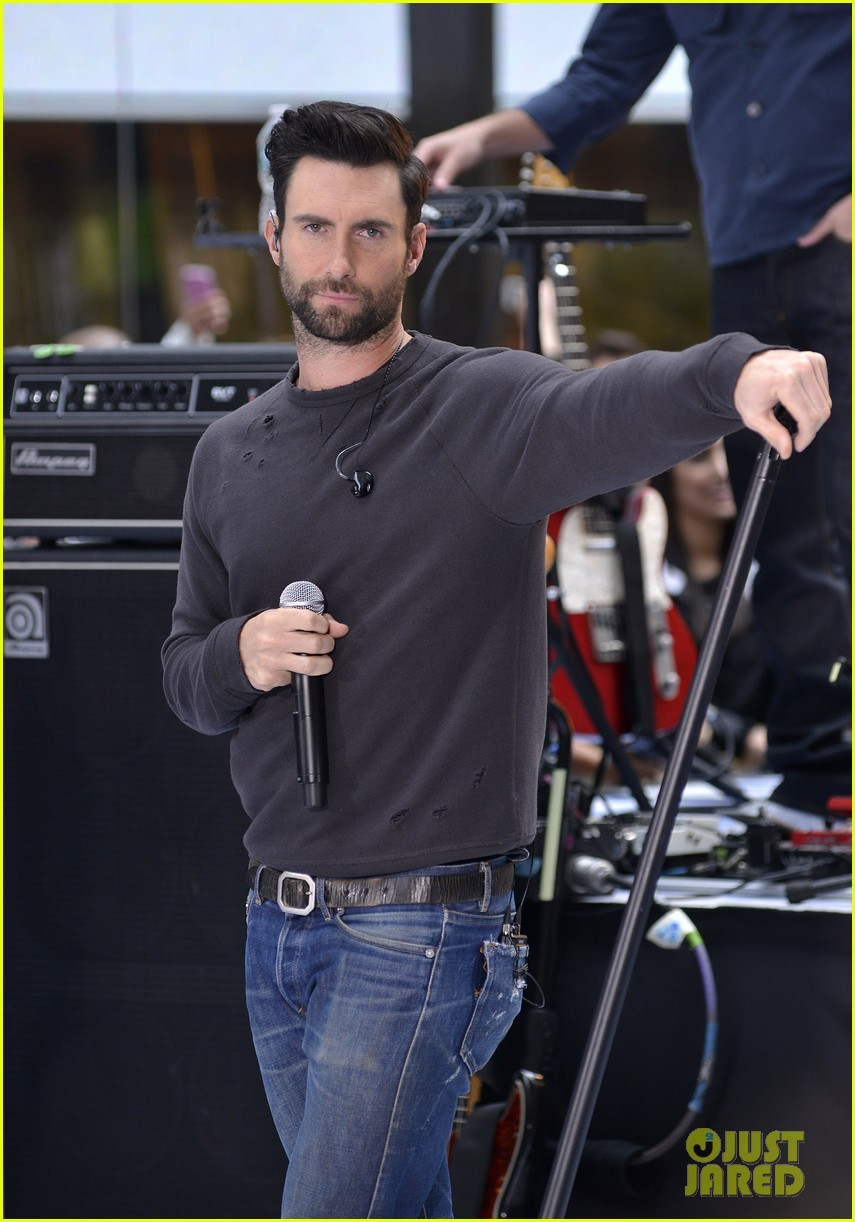 adam levine maroon 5 today show performance 13