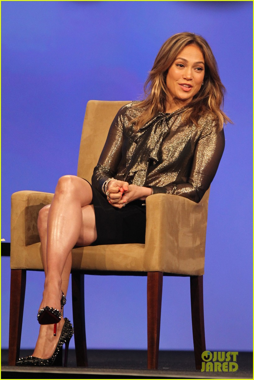 jennifer lopez visits the cable show 2013 in dc 07