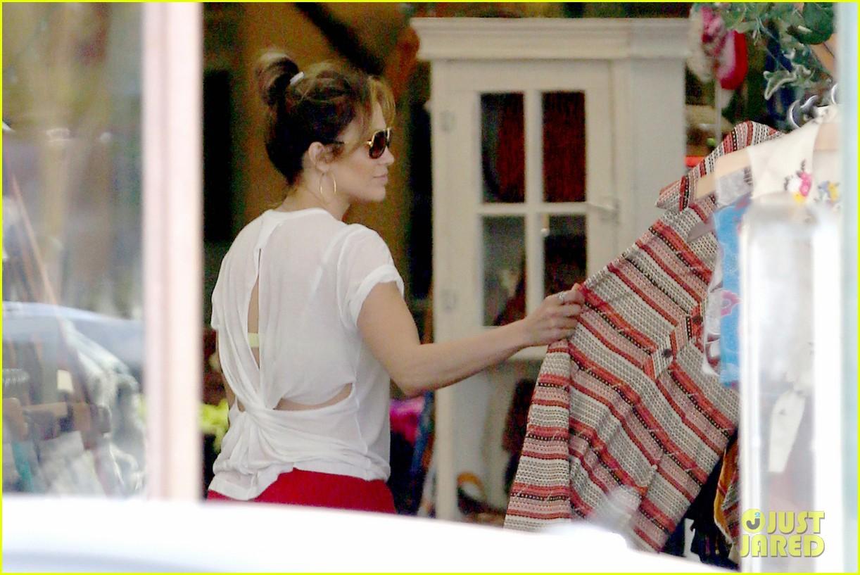 jennifer lopez wears cut out shirt while shopping 042887890