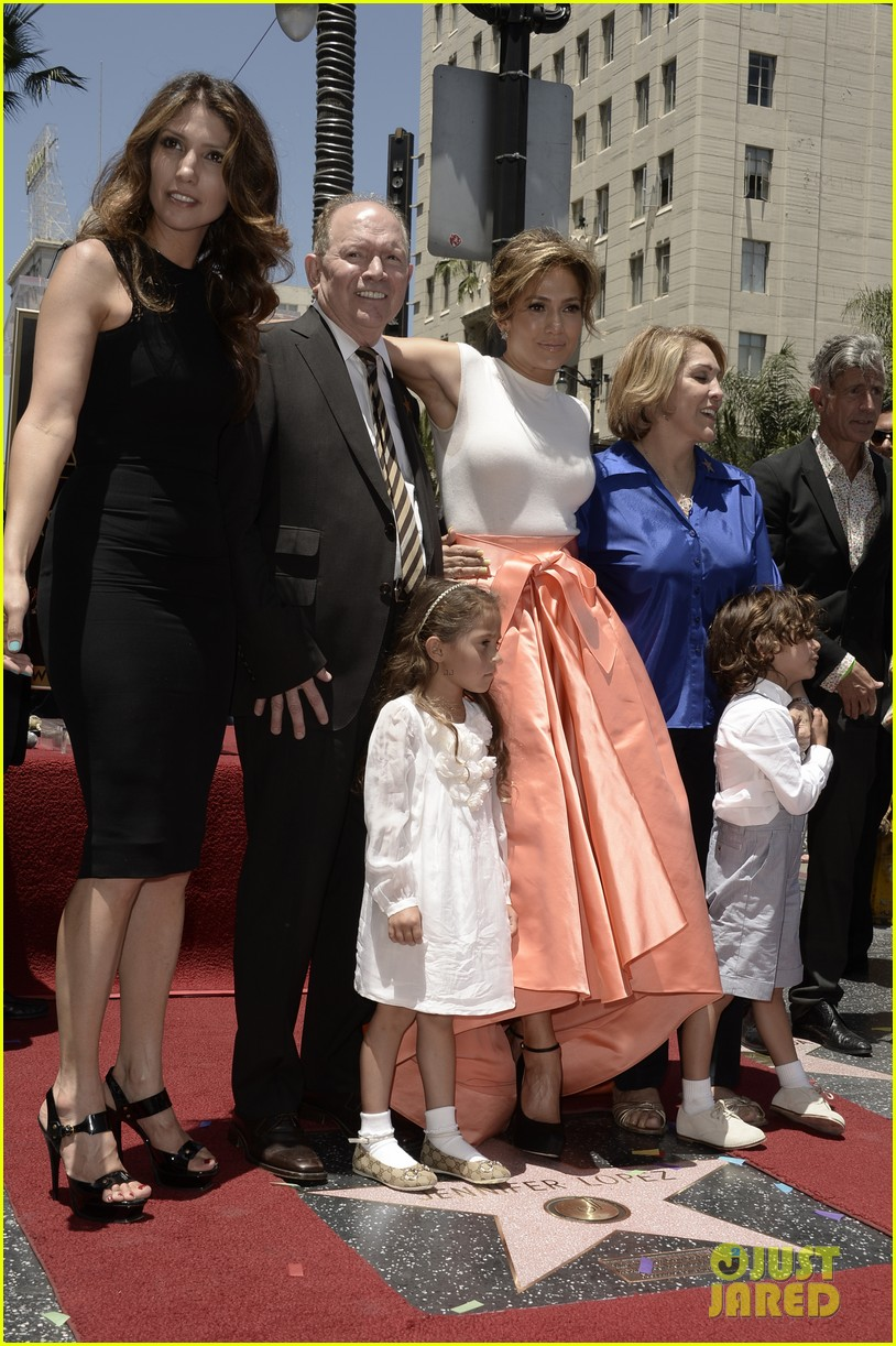 jennifer lopez receives star on hollywood walk of fame 14