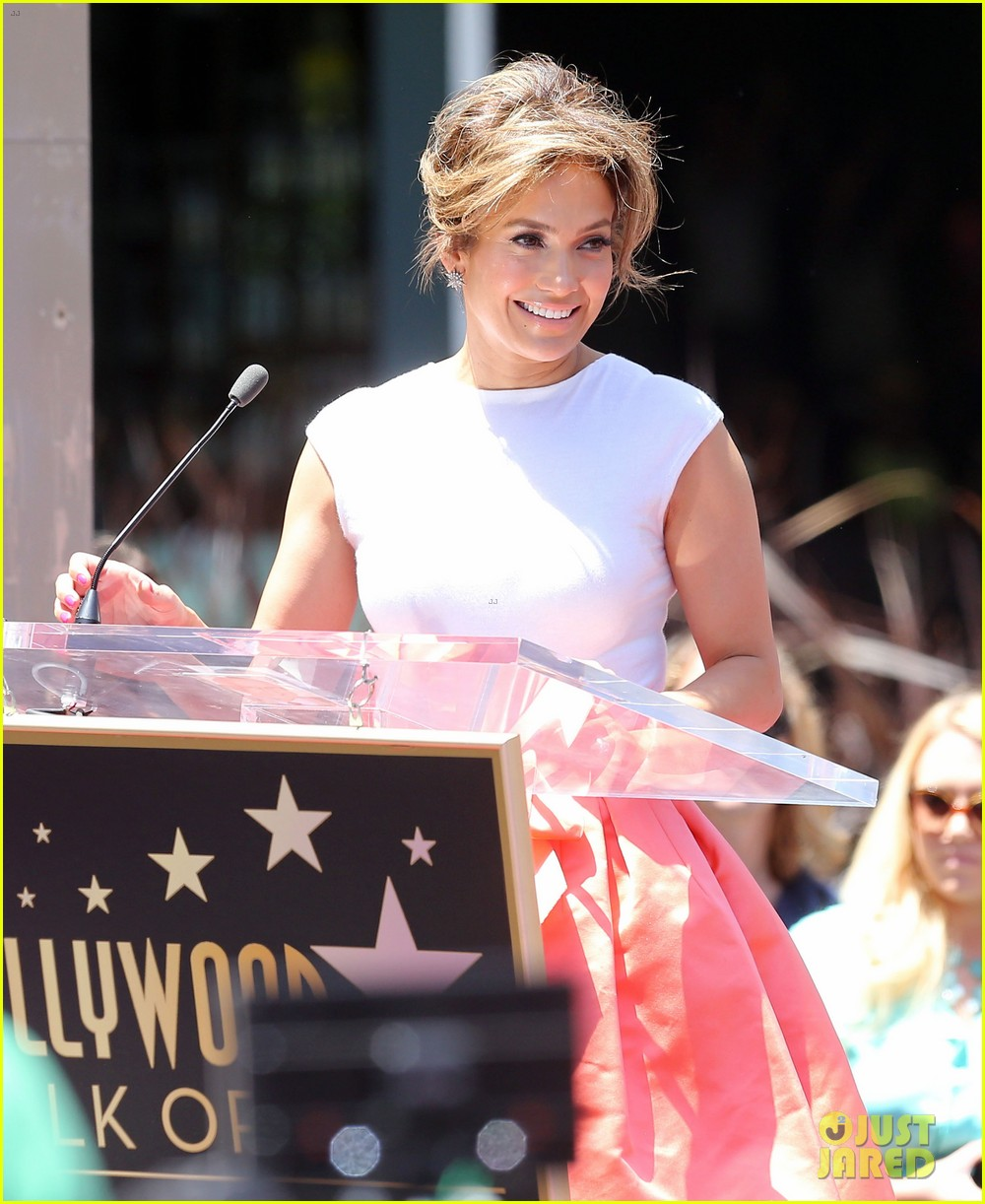 jennifer lopez receives star on hollywood walk of fame 312895214