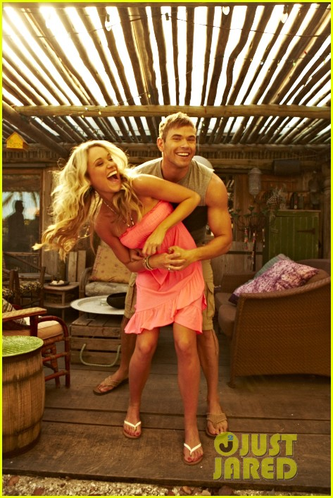 shirtless kellan lutz op summer 2013 images with katrina bowden 312898916