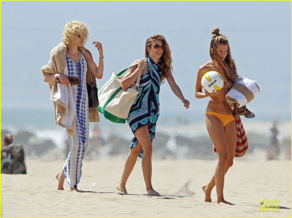 annalynne mccord bikini bonding with sisters rachel angel 05
