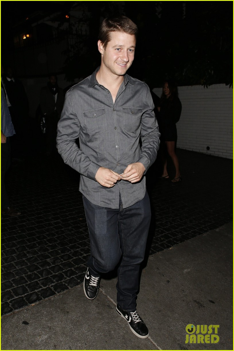 ben mckenzie chateau marmont night out with male pal 042892032