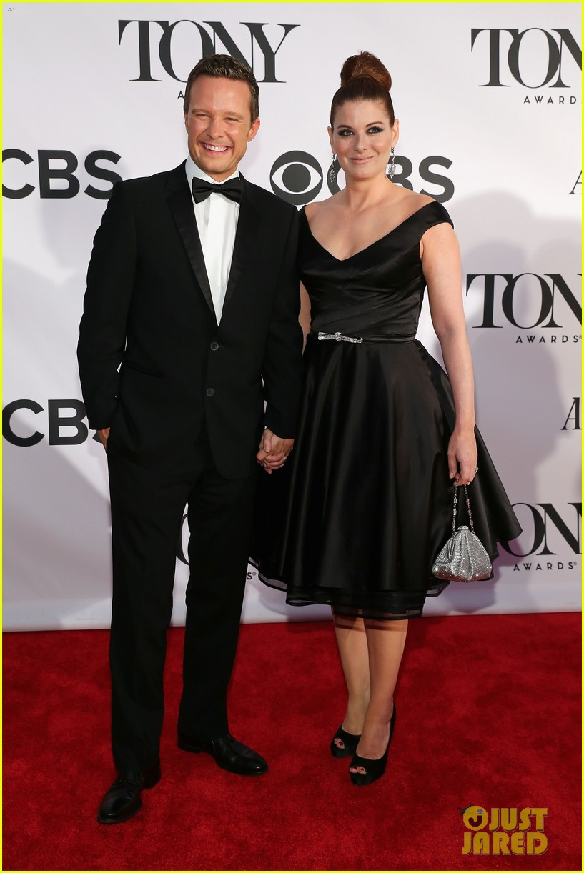 debra messing will chase tony awards 2013 red carpet 012887844