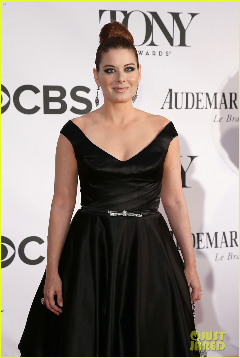 debra messing will chase tony awards 2013 red carpet 022887845