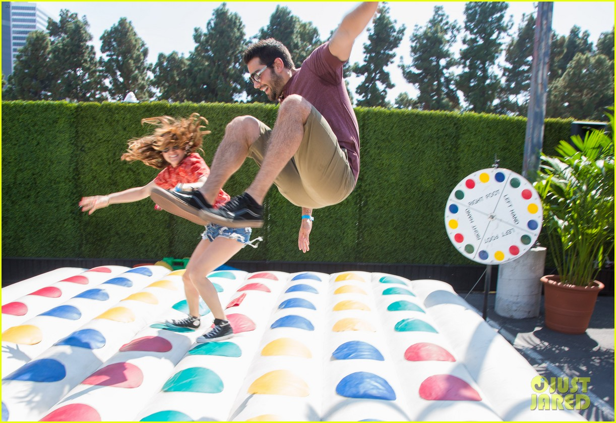 jesse metcalfe jaimie alexander just jared summer kick off party 242883355