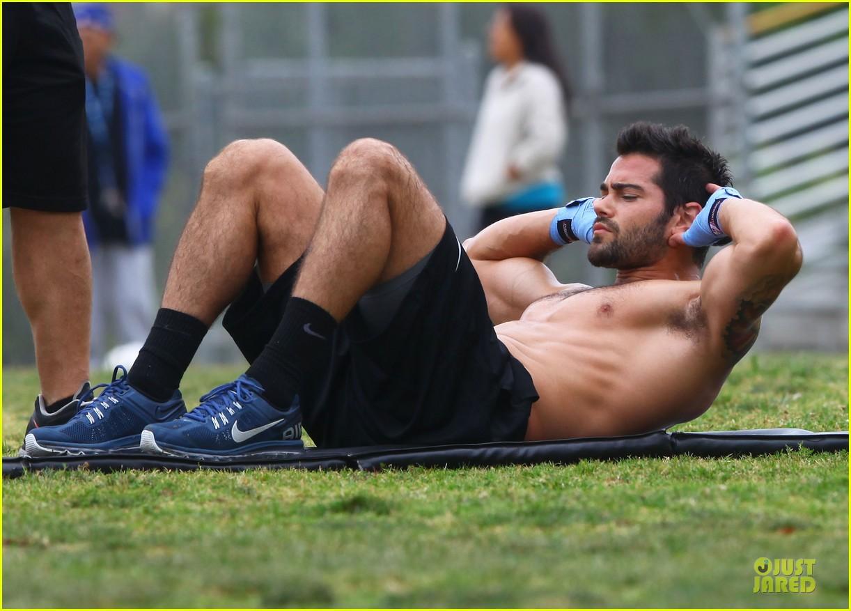 jesse metcalfe shirtless park workout 182886989