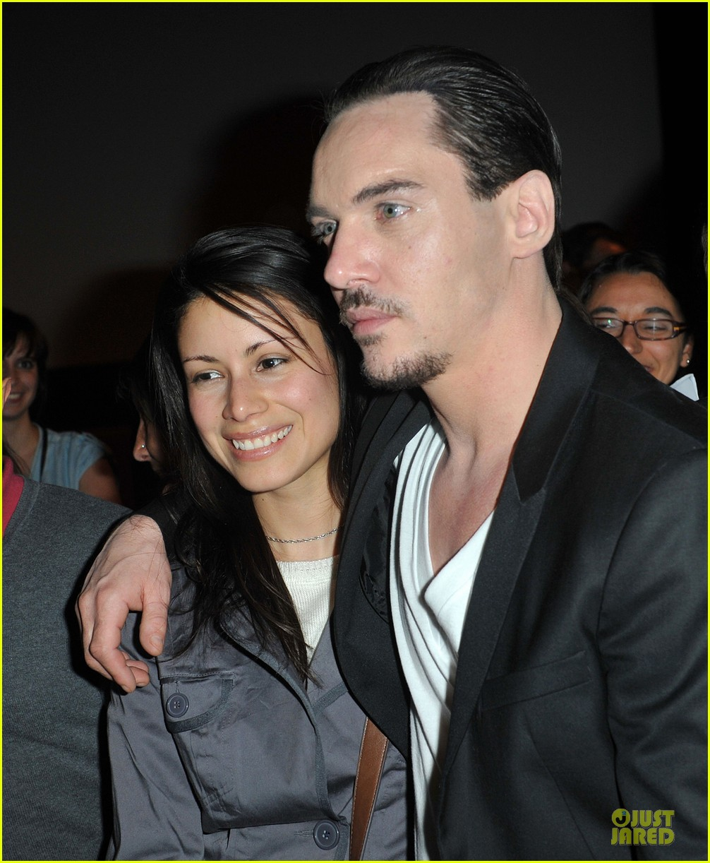jonathan rhys meyers belle du seigneur screening 112891786