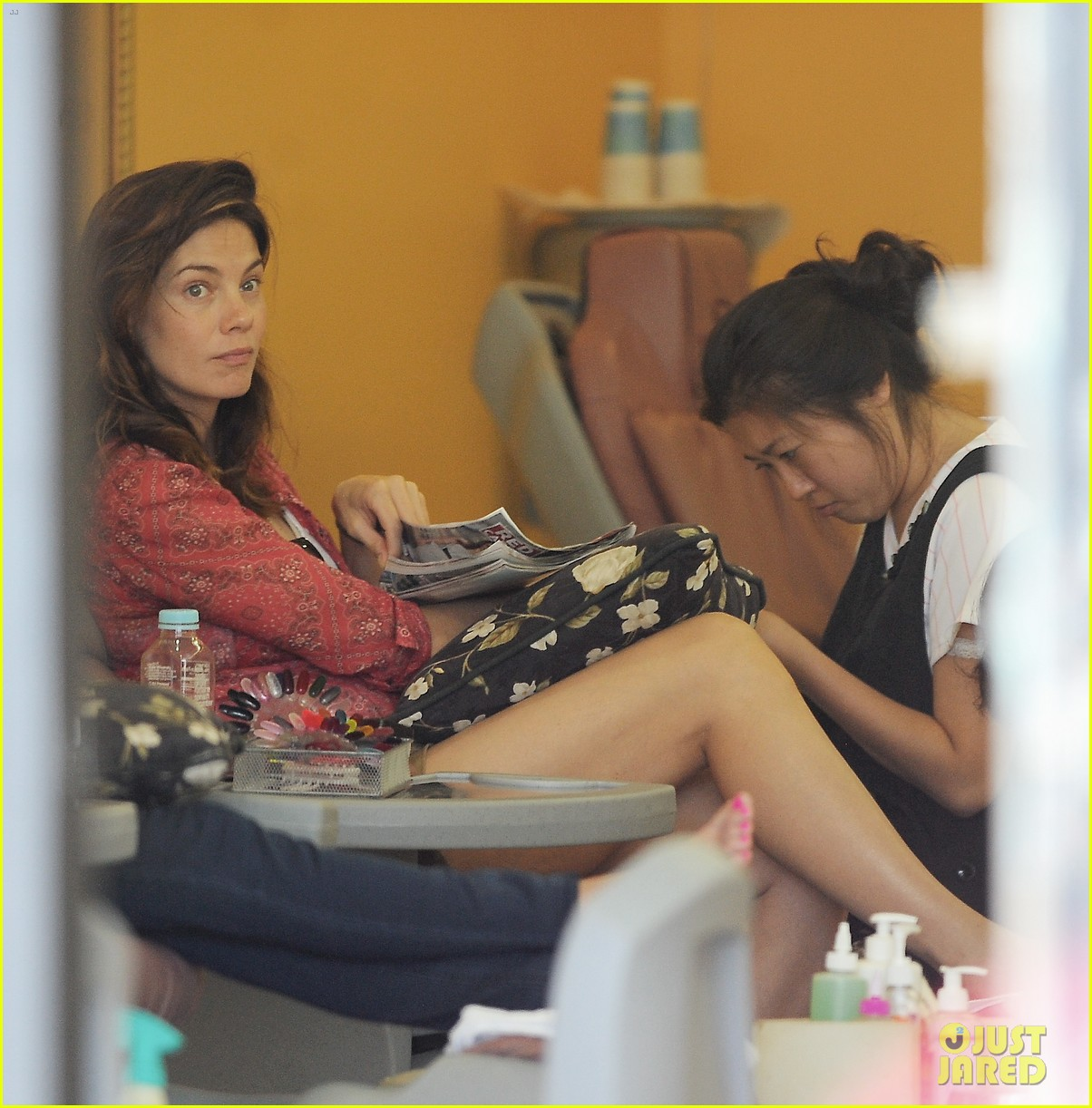 michelle monaghan visits the nail salon with willow 062896891